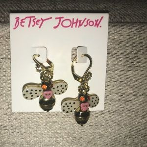 New Betsey Johnson Bumblebee Earrings